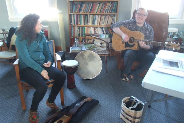 PEI singer-songwriter Mary MacGillivray and Gaelic College's Gaelic Cultural Interpreter Colin MacDonald sharing some tunes - photo: Joyce MacDonald