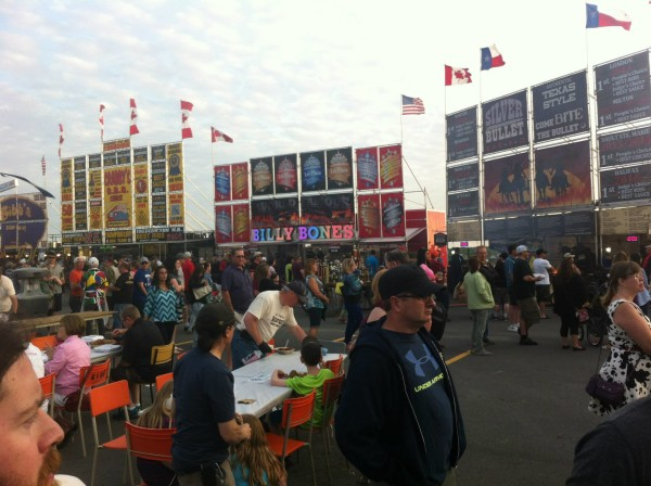 Ribfest 2015 - photo: James FW Thomson