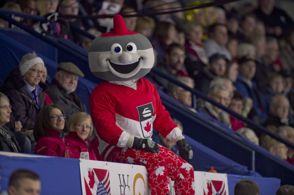 - photo courtesy of Curling Canada/Michael Burns